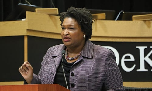 Stacey Abrams for Governor kicks off Early Voting bus tour ...