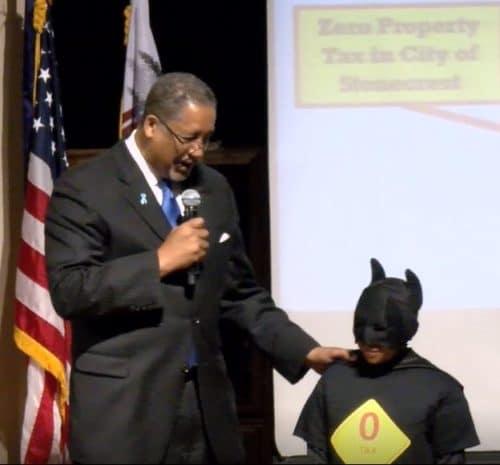 Mayor and Zero Tax Boy 4