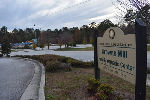 Browns-Mill-Park-Entrance-Sign-1440x960