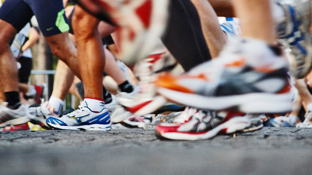Running-Shoes-for-Plantar-Fasciitis